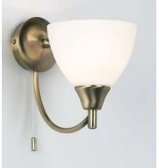 1805-1An 1 Light Wall Bracket - Antique Brass
